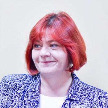 Carmen Loghin