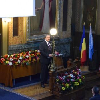 zilele universitatii - Dan Cascaval, rectorul TUIASI-min